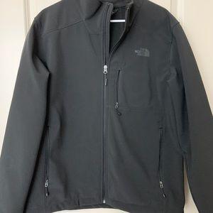 North face L Jacket in black